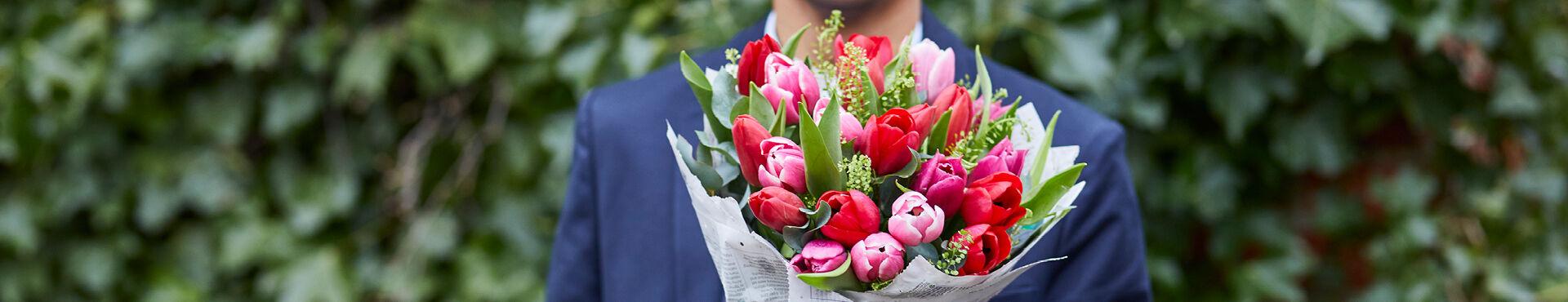 Send en favnfuld skønne tulipaner