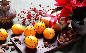 Julestjärnor och appelsin